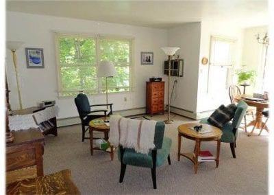 BW_living_room-323-800-600-80-d99d88251df16a95eca7487183ec9afc